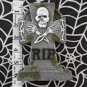 Holiday - RIP tombstone Halloween ceramic decoration